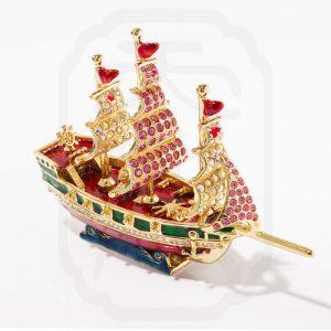 bejewelled-sailing-boat-2