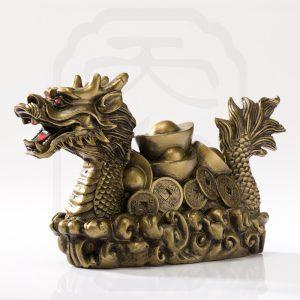 brass-dragon-carrying-treasure-0001